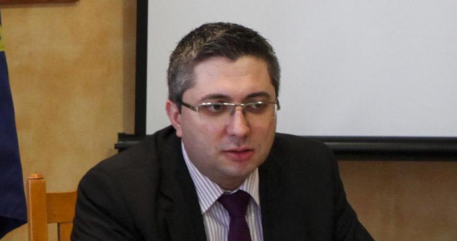 Министър Нанков се обърна към шофьорите и ги предупреди...