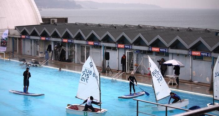 Варненските клубове по водни спортове направиха впечатляваща демонстрация на уменията