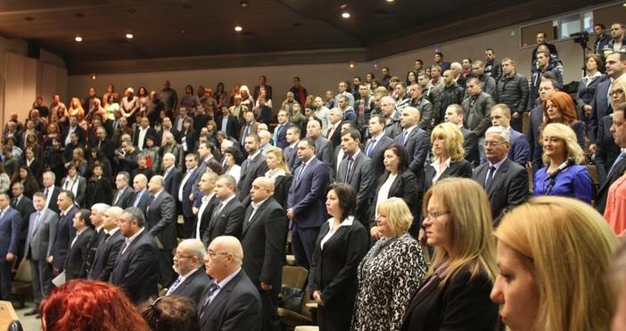 320 души са положили клетва като общински съветници от първия