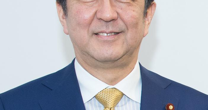 За първи път японски премиер идва у нас. Министър-председателят Бойко