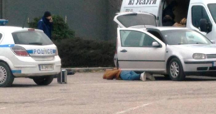 снимки: читателПолицаи са арестували двама души на паркинг във Варна,