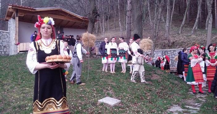 Снимка: Dariknews.bg, архивДнес е Неделя Сиропустна, наричан от народа Сирни