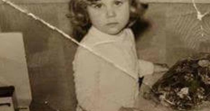 Търся дъщеря си Стоянка Димитрова Димитрова (така се казваше). Родена
