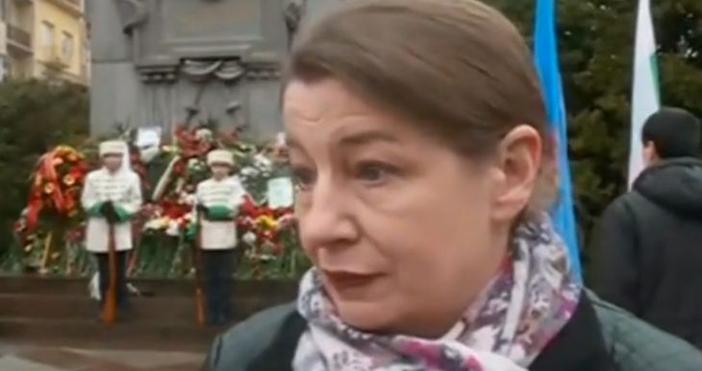 Родственицата на Васил Левски - Христина Богданова поднесе цветя пред