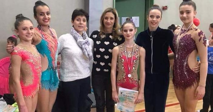 """Състезателките на варненския """"Грация"""" спечелиха 18 медала на 8-ия международен"""