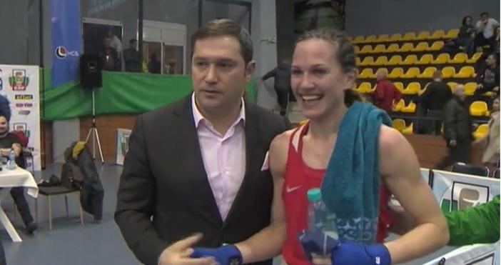 Състезателката на варенския боксов клуб Ивайло Маринов - Станимира Петрова,