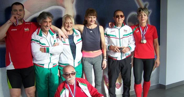 Ветераните лекоатлети на Варна се завърнаха с 11 медалаот зимните