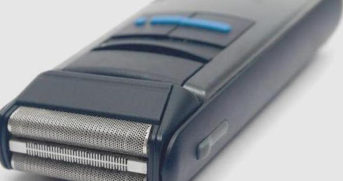 Първата практична електрическа самобръсначка, която превъзхожда многократно своите предшественици, излиза