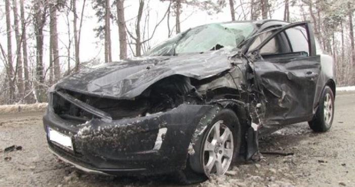Снимка: bTVТир и лек автомобил се сблъскаха на пътя Русе