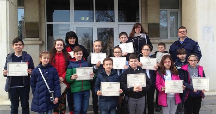 Доброволци от Детските полицейски управления на ОДМВР – Варна преминаха
