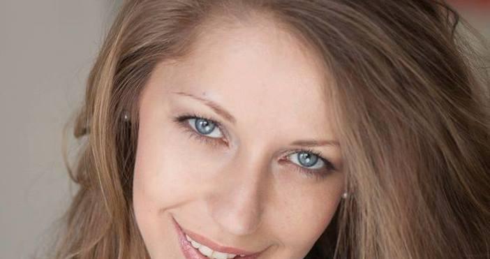 Снимка: Известна бг актриса превръща варненски клуб в декор на уникална пиеса