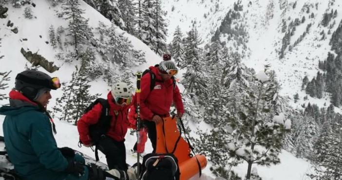 СнимкаbTVПланински спасители от Банско провеждат акция по спасяване на 28-годишна