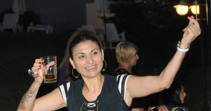 Фолкпевицата Софи Маринова се ожали, че не е била с