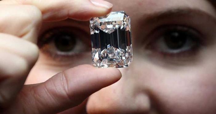 Чували сме израза, че диамантите са най-добрите приятели на жените.