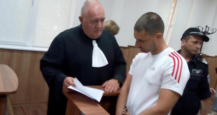 Снимка БлицКомандосът Ангел Желязков остава в ареста. Това реши преди