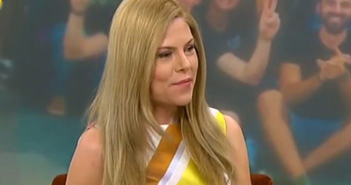 Деси Банова се появи в ефир с широка рокля, но