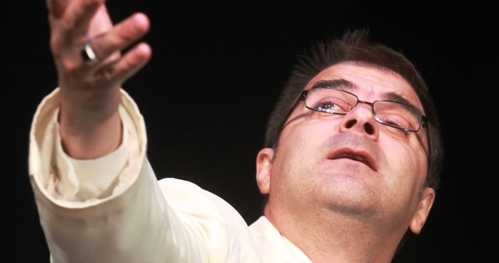 Внезапно почина актьорът от Варненския драматичен театър Антонио Угрински. Урната
