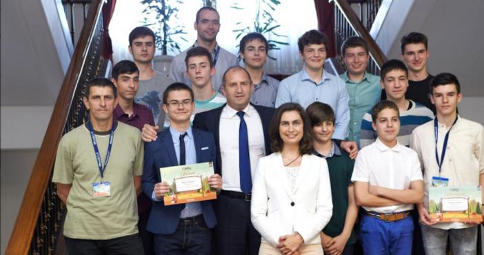 Снимка: ПрезидентствоВисоките резултати на българските младежив сферата на информационните технологии,