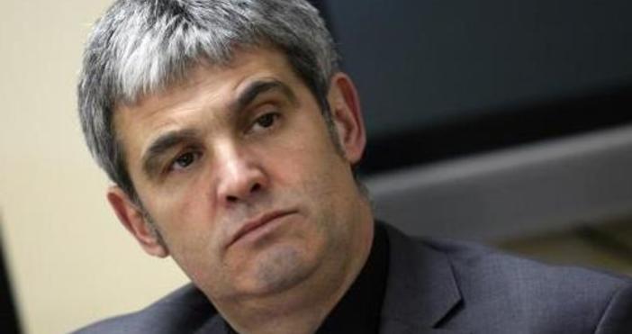 Президентът на КНСБ Пламен Димитров прогнозира, че до четири години