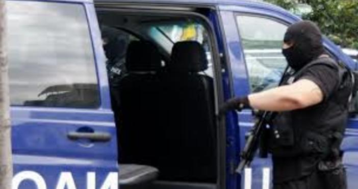 Снимка: БулфотоПетима издирвани са задържани вчера при полицейска операция на