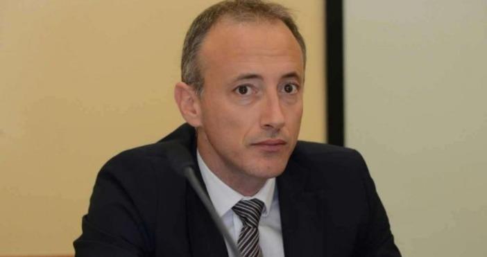 Промени в закона заради автономията на университетите, поиска образователният министър