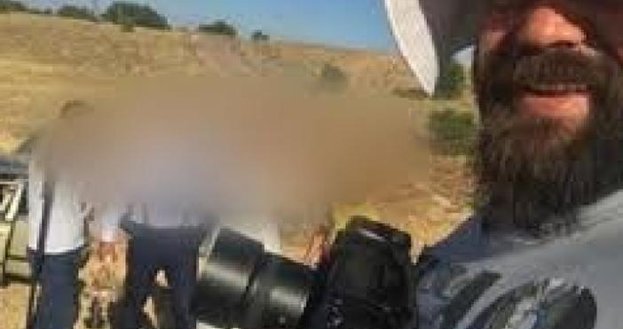 Турският фотограф Онур Албайрак преби младоженец и се опита да