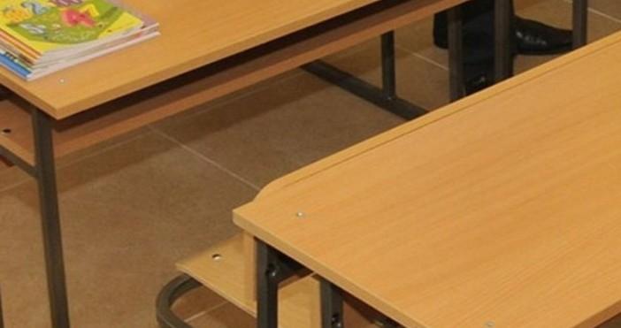 Снимка Булфото, архивНад два месеца почивка ще имат учениците в