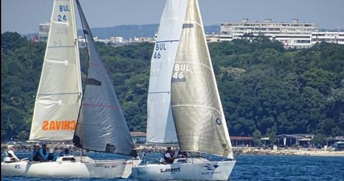 Яхта UK Sailmakers със шкипер Михаил Копанов от ЯК Порт