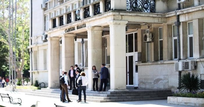 С определение на Варненския окръжен съд днес бе наложена мярка