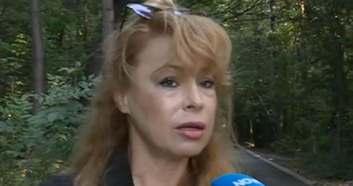 Мира Добрева е обирана вече 5 пъти. Самата тя признава,