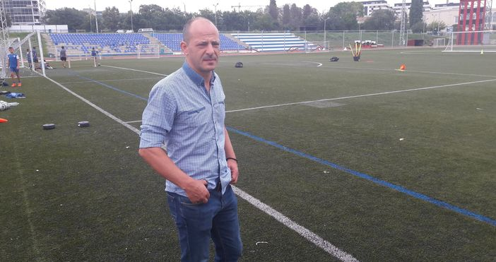 Бившият футболист на Спартак Мартин Зафиров е новият спортен директор