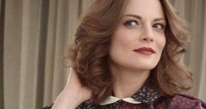 Снимка фейсбукЗабъркаха сексапилната актриса Теодора Духовникова в нагла престъпна схема.
