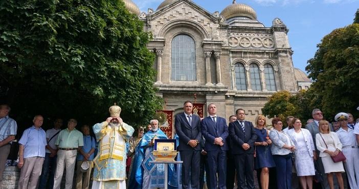 снимки БулфотоПразникът на Варна - 15-ти август, Свето Успение Богородично,