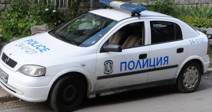 Снимка: БулфотоНеправоспособен водач, шофирал нерегистриран по надлежния ред лек автомобил