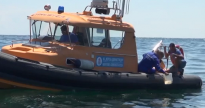 Екипите на две фирми изследватпотъналия кораб в залива на Созопол,