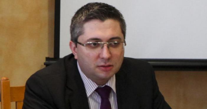 Снимка БулфотоВ началото на новата седмицарегионалният министър Николай Нанковще представи