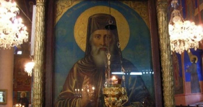 На 16 августБългарската православна църквачества паметта на Свети Йоаким Осоговски,