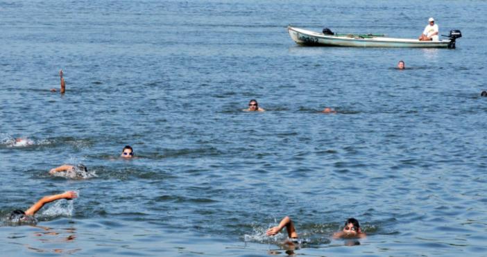 Снимка: БулфотоДнес край Силистрасе проведе масово преплуванена река Дунав, в