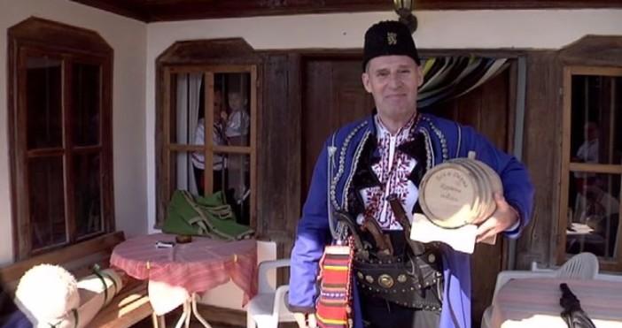 Кадри БТВХоливудският актьор Бен Крос се ожени в Жеравна, като