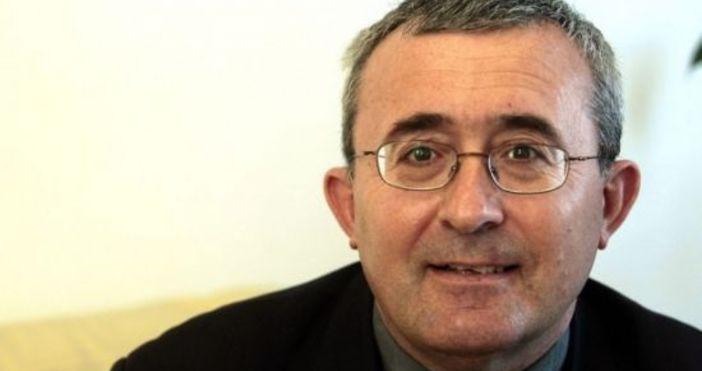 Проф. Николай Слатински написа в профила сивъв фейсбук:Скъпи приятели, пазете