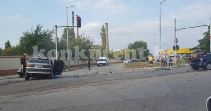 Снимка: КонкурентТежка катастрофа с четирима ранени стана малко след 17.30
