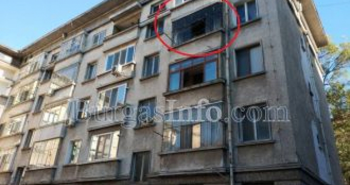 """Снимкаburgasinfo.comСемейство украинци подлуди блок на ул. """"Цар Самуил"""" 7 в"""