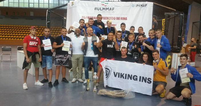 Трета поредна отборна купа спечелихасъстезателите на варненския ММА клуб Викинг