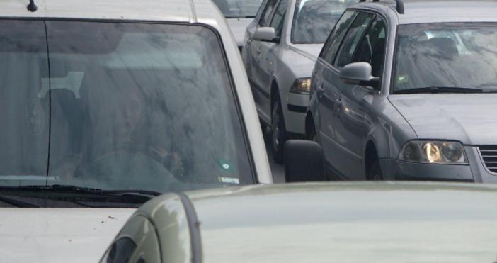 Очаква се интензивен трафик по основните пътни направления в последния