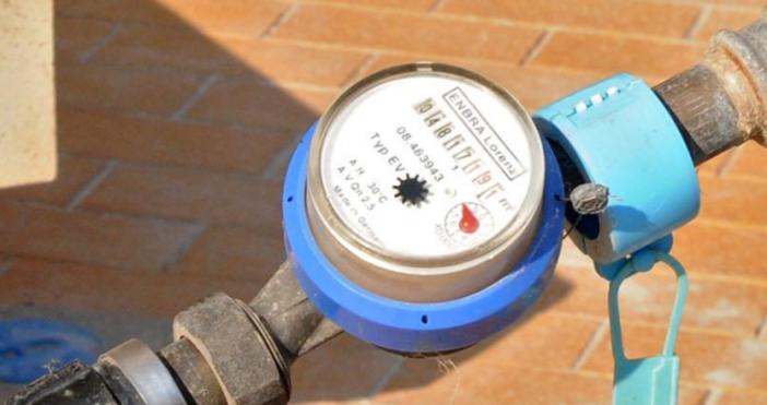 Снимка: БулфотоСанкциите при кражба на вода ще бъдат увеличени значително.Водатаза