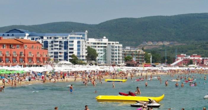 Снимка: БулфотоБългари търсят все по-скъпи вили и апартаменти край морето.