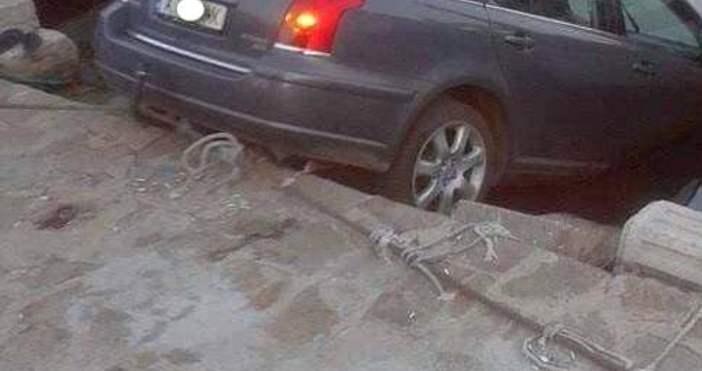 flagman.bgЖена-шофьор паркира колата си на пристанището в Созопол и я