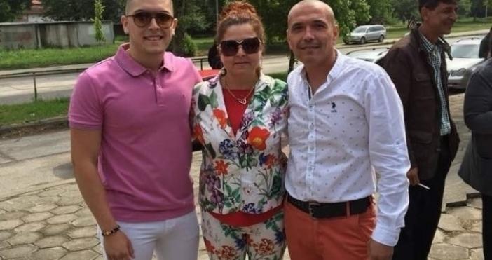 Мариела Вачева и съпругът и Жеко Асенов спечелиха лек автомобил