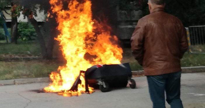 снимки: читателКонтейнер за смет изгоря днес във варненския ж.к.