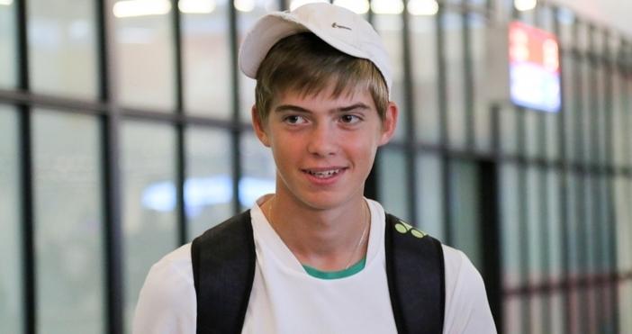 Снимки: Sportal.bgКакто писахме, тенис талантътПьотр Нестеров се завърнаха в България